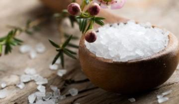 соль в чашке