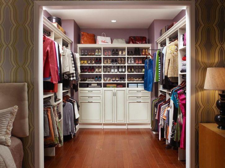 Как сделать в одной комнате гардеробную 45
